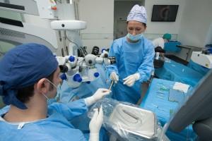 p005-operatii-in-clinica-gauss